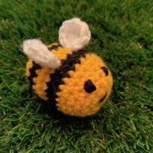 Grans on theMake - medium crochet bee